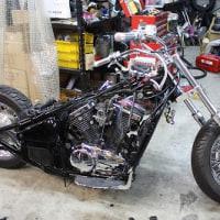 製作途中のバイク♪
