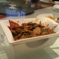 中国遼寧省 葫芦島市のレストランでの食事