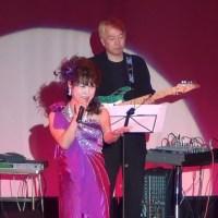 「あなたとめぐり逢って/中条由美」、一つ目は2011.09尾張温泉東海センターで、二つ目は歌詞字幕付きH27年安全協会ゲスト出演、