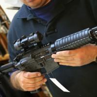 NRA、一切の銃規制反対を改めて表明 各方面から批判相次ぐ