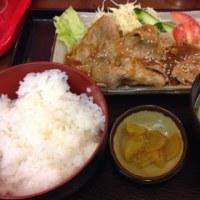福岡空港で生姜焼き定食