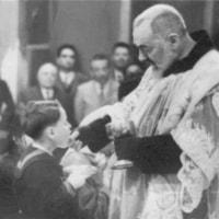 御聖体2―手で受ける―