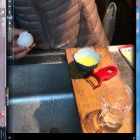 たまご・・・2個卵黄~
