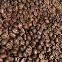 ルワンダの豆を焙煎しながら