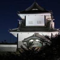 ライトアップの金沢城跡公園 ①