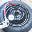 12インチタイヤぐらい自分で交換しよう。タイヤの変形で交換したよ。