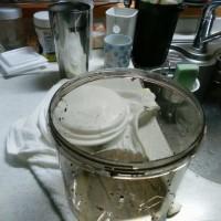 ヨーグルトを作ってみよう。
