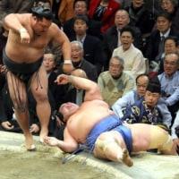 「大関陥落の危機、カド番・琴奨菊は5連敗で6敗目」とのニュースっす。