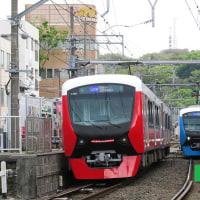 静岡鉄道はA3000形同士の離合 その1 (2017年4月23日 日吉町駅)