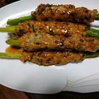アスパラガスと鶏つくねの巻