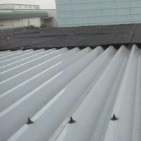 【節電対策:昨日折板屋根に遮光ネットを張りました!】なぜ他社に負けないのか~たねあかしをします。