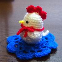 にわとりの編みぐるみ