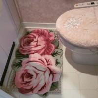 トイレの洗面化粧台には温風ヒーター