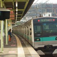 2017年4月25日 小田急  柿生  E233系 マト17 49S  準急  代走