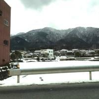 雪を見ながら