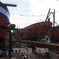 Tiền Giang省は漁民支援の政策を行う   ベトナム