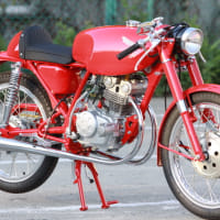 美しいオートバイです。