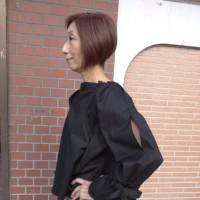 新ブランド【priorityプライオリティ】お袖スリットプルオーバーブラウス☆
