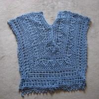 ♪キラキラブルーのぐるぐる編みプル。