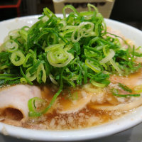 来来亭のチャーシュー麺+ネギ多め