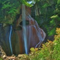 嫗仙の滝、春景