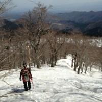 雪の烏ヶ山(からすがせん)