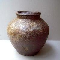古越前の壺