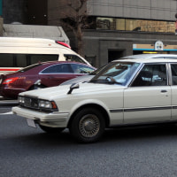 Toyota Corona Mark �� 1980-���������6�饤�Ȥ���Ѥ���4���ܤΥȥ西 ����� �ޡ��� ��