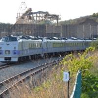 廃車した183系0番台、室蘭港に入線し、タイへ輸出へ