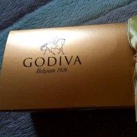 GODIVAでチョコお買い物(#^.^#)