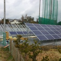 太陽光発電-ソーラーパネル取付開始