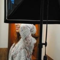 モデル撮影。