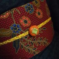 ナースコールと柿の帯留
