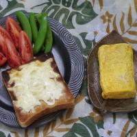 ポンパドウルの7種の雑穀食パンをチーズトーストにする朝