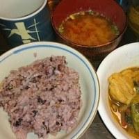 「今日のお昼ご飯」!!「鶏肉野菜炒め」!!
