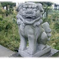 話題の笑う狛犬シリーズ(^^♪茨木 阿為神社御旅所の「笑う狛犬」