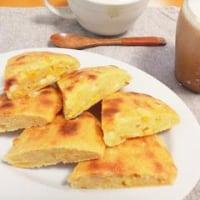 コーンとチーズのパン