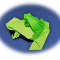 折り紙のカエル