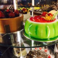エスプラネード・シアターズ・オン・ザ・ベイのカフェのケーキ♡
