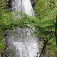 五宝の滝にて