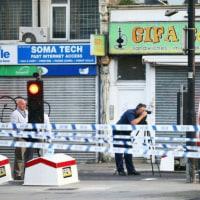 反イスラムテロか、1人死亡=車突入事件で本格捜査―英
