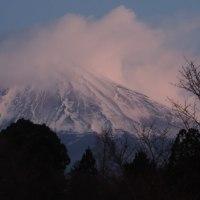 満月そして今朝の富士