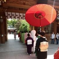大国魂神社での婚礼に参列し、越後獅子を吹きました