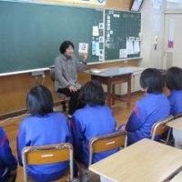 3学期最初の「読み語り」でした! 雪のある校庭です! 租税教室がありました!