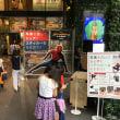 渋谷の交差点にスパイダーマンが!