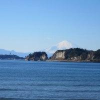 鎌倉を知る ーー 材木座からの富士山 ーー