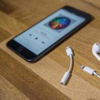 再びAndroidリード iPhone8新しいインタフェース暴露