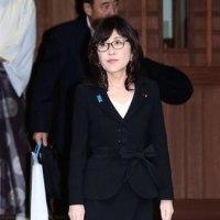 稲田朋美防衛相が靖国参拝