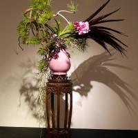 いけばな小原流展 華のおもてなし「白い秋」・・・・鈴木 聚園さんの作品