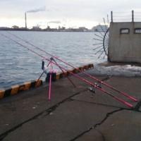 室蘭港の投げ釣り! まだ早いですね!
